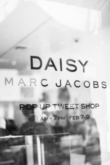 marc jacob pop up